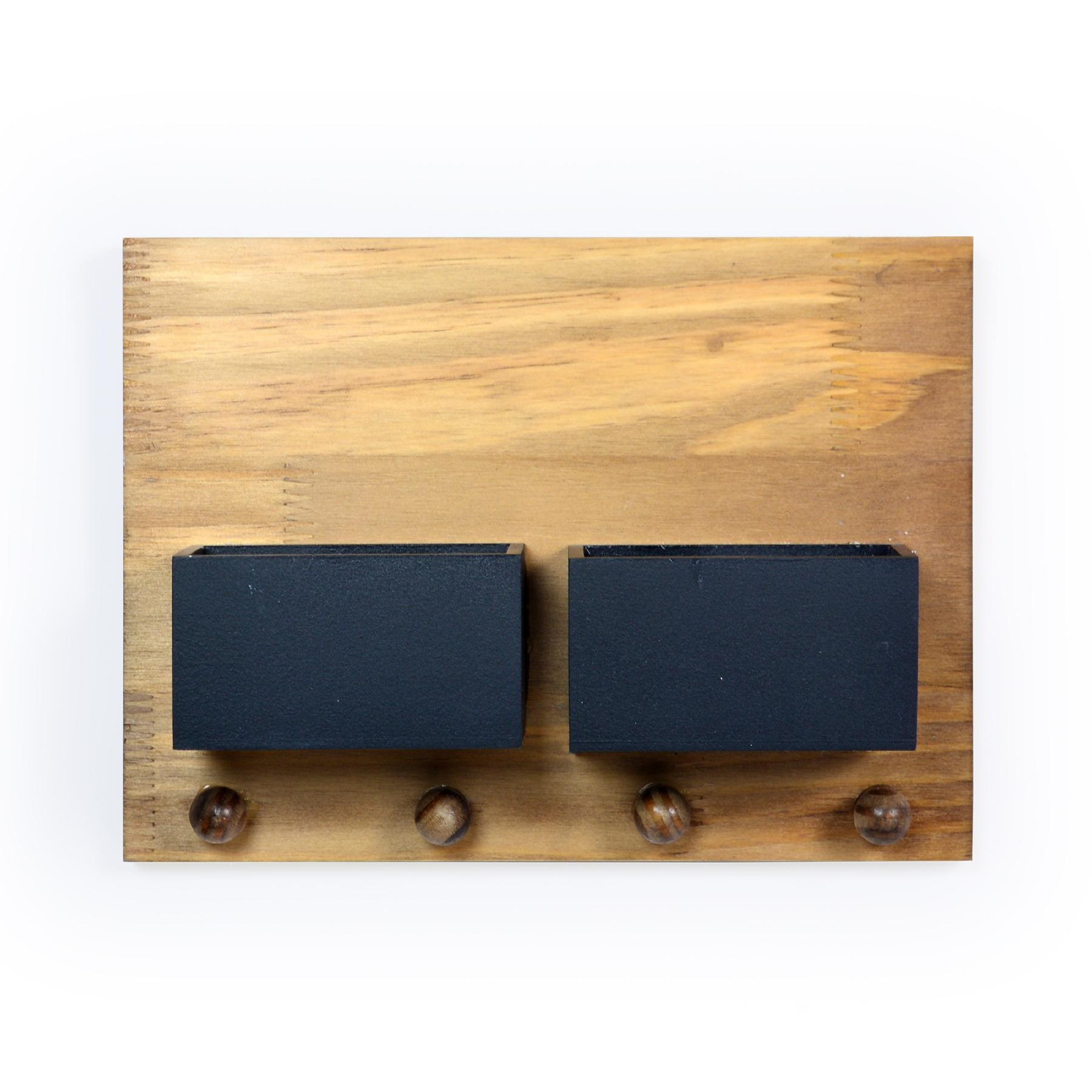 Porta Chave de madeira com 02 Cachepots