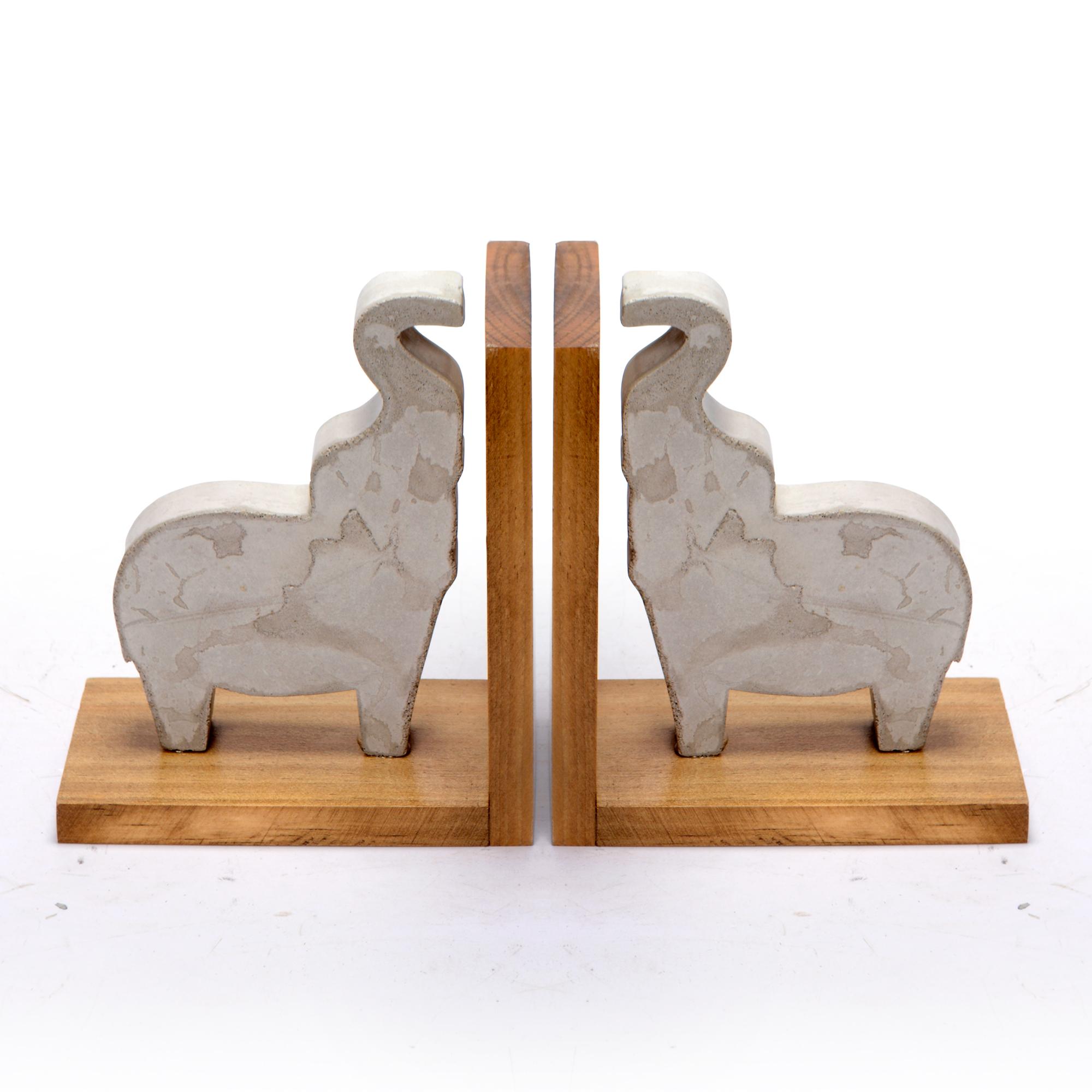 Conjunto suporte de livros de Concreto Elefantes