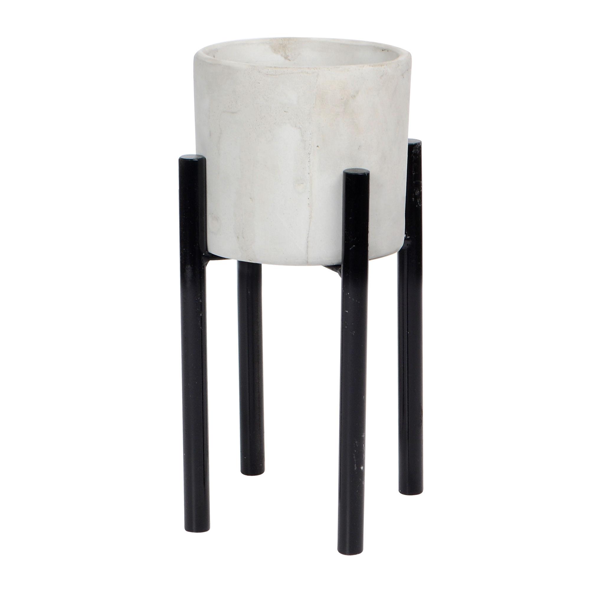 Vaso e concreto redondo com base de Ferro