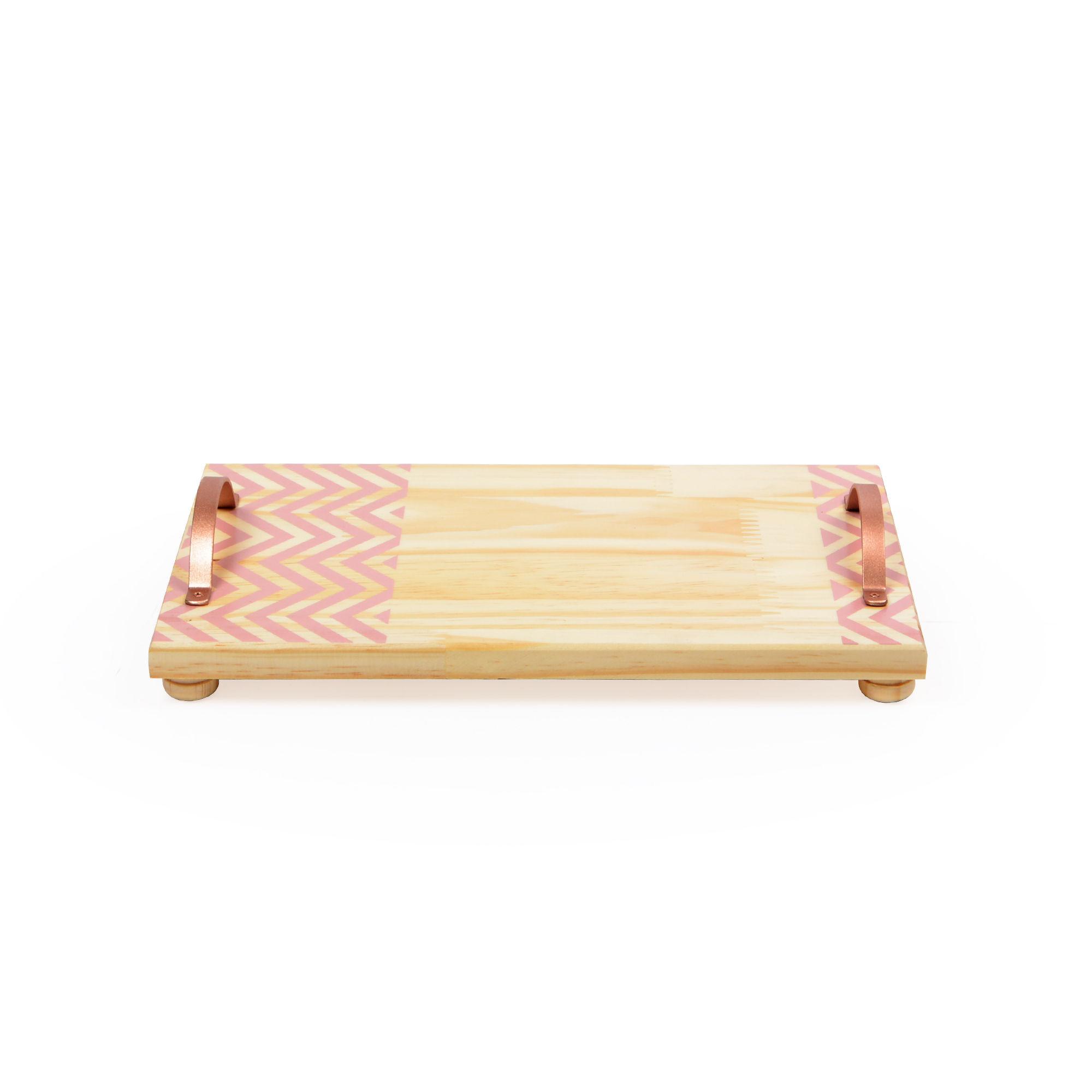 Bandeja de madeira com alça de ferro Chevron Rosa