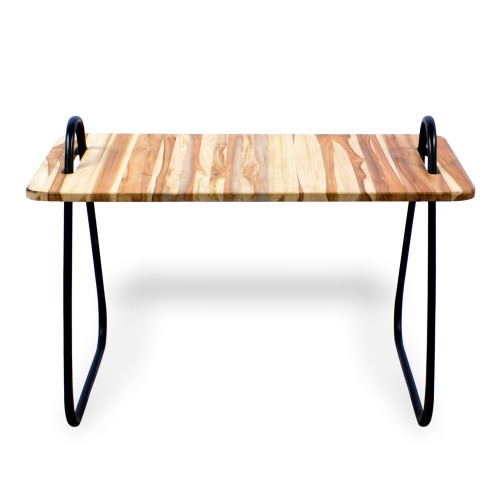 Mesa de centro de ferro com madeira