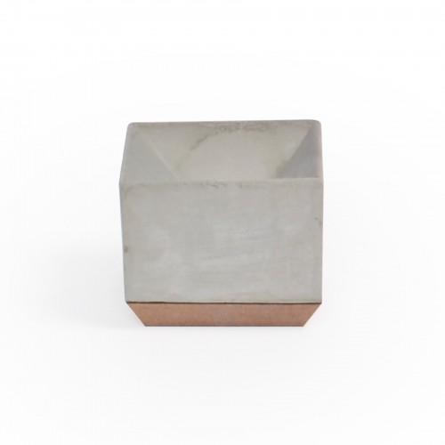 Vaso geométrico pequeno de concreto